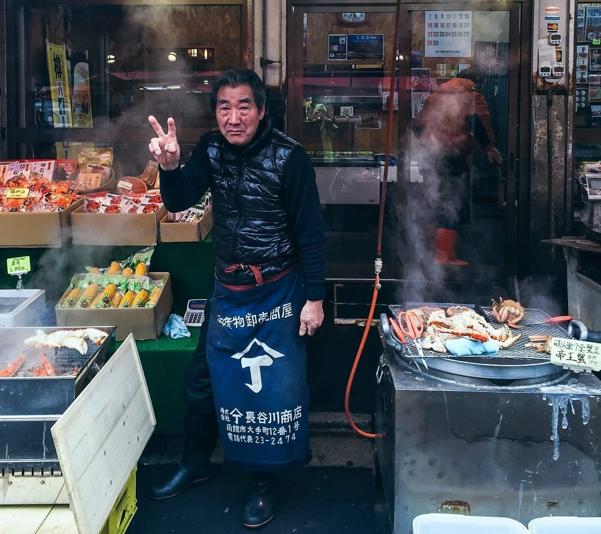 A friendly stall owner posing for my camera
