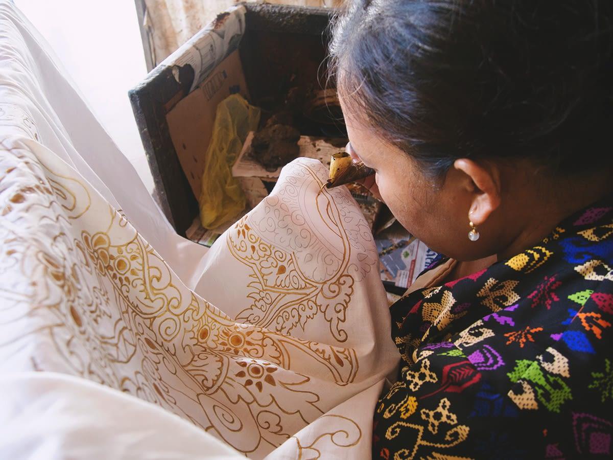 75_bali_batik_making