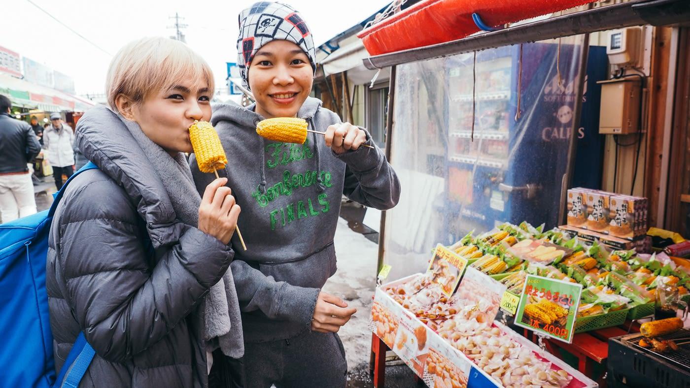 Eileen & Ant enjoying street food