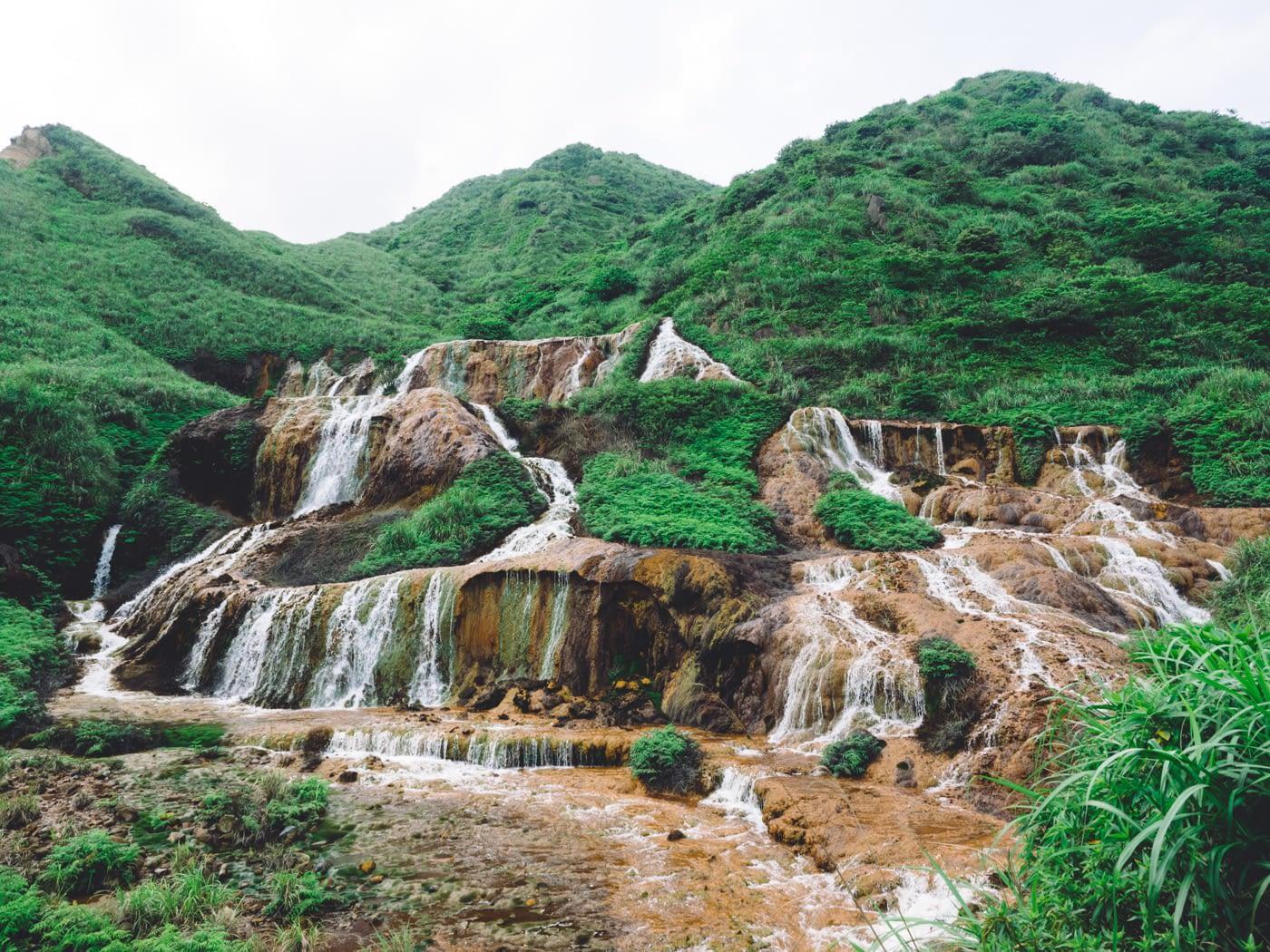 Taiwan - New Taipei City - Golden Waterfall upclose