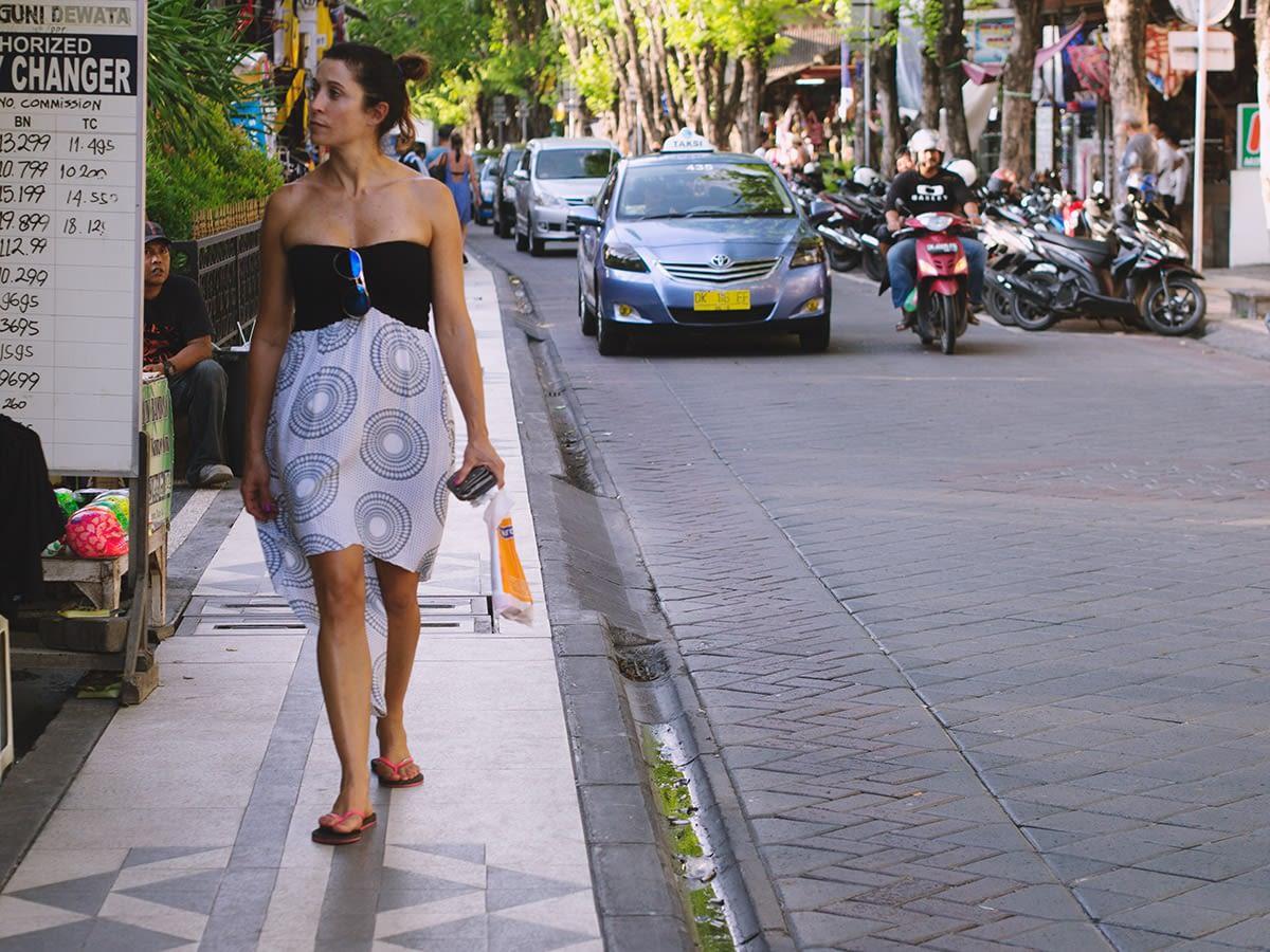 26_bali_streets