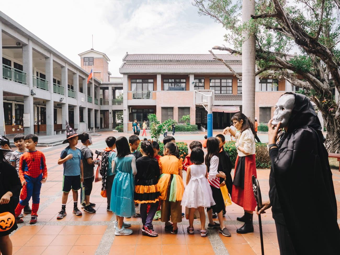 Tainan - Primary school celebrating halloween