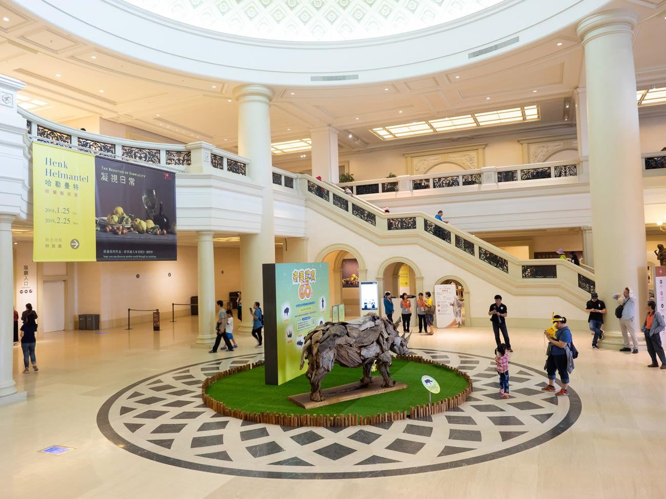 Tainan - Pokemon Go Safari Event - Chimei museum lobby area