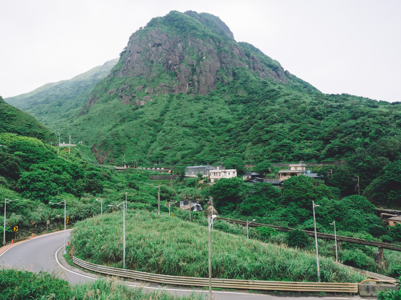 Taiwan - New Taipei City - Mountain road