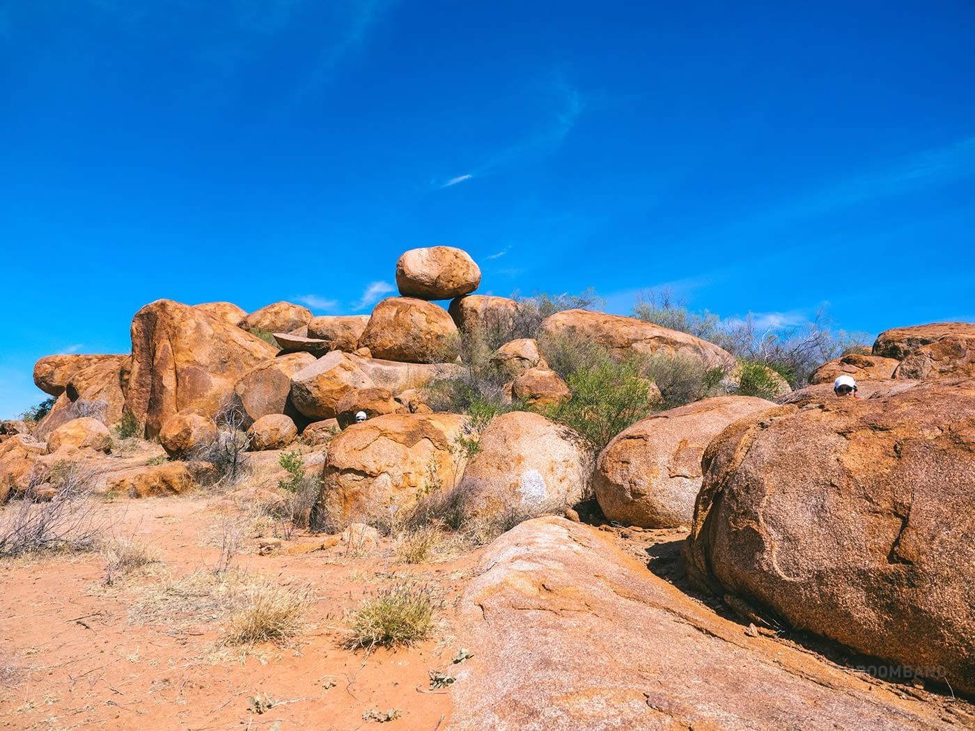NT Australia - Karlu Karlu - Find my friends at the tipping pebble