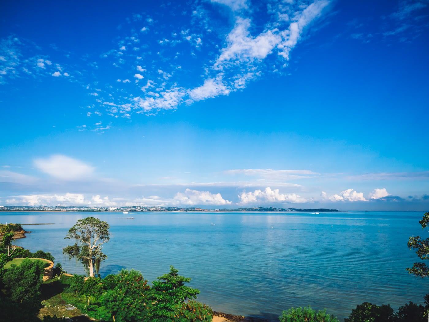 Indonesia - Montigo - Blue skies & water