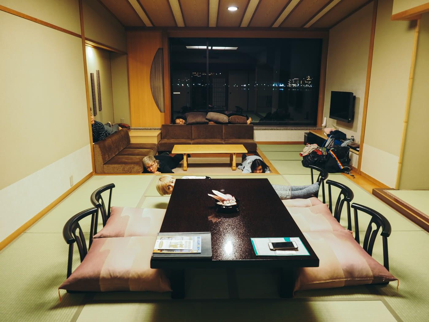 Japan - Mount Fuji - Hiding in Kozanteiubuya Ubuya Hotel room